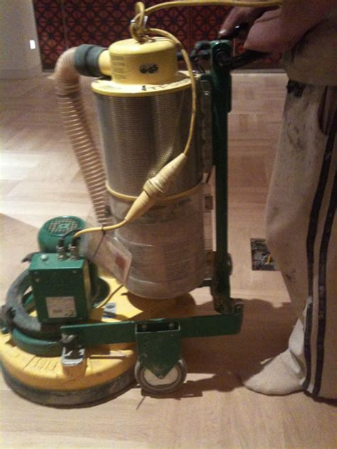 Wood Floor Polisher Company Touching Up Your Wood Floor Wood Floor Polishing