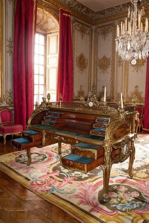 bureau de louis xv ch 226 teau de versailles meubles