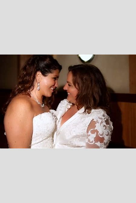 [VIDEO:] Lorie & Renee's Spectacular Lesbian Wedding Video - GayWeddings.com