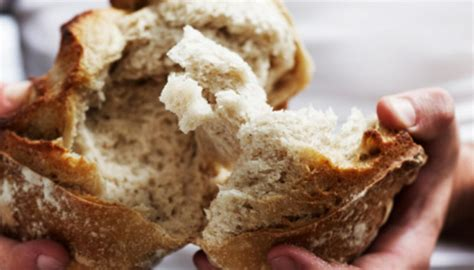 Vatican bans gluten-free bread for Holy Communion | Newshub