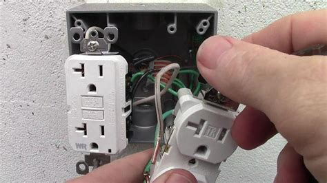 How Wire Double Receptacle With Amp Gfci Weather