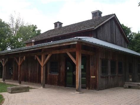 eves carriage barn the carriage barn at mill hollow metropark in vermilion
