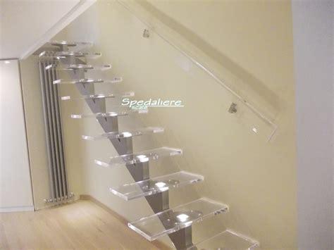 corrimano in plexiglass scale in plexiglass scale in plexiglass scale