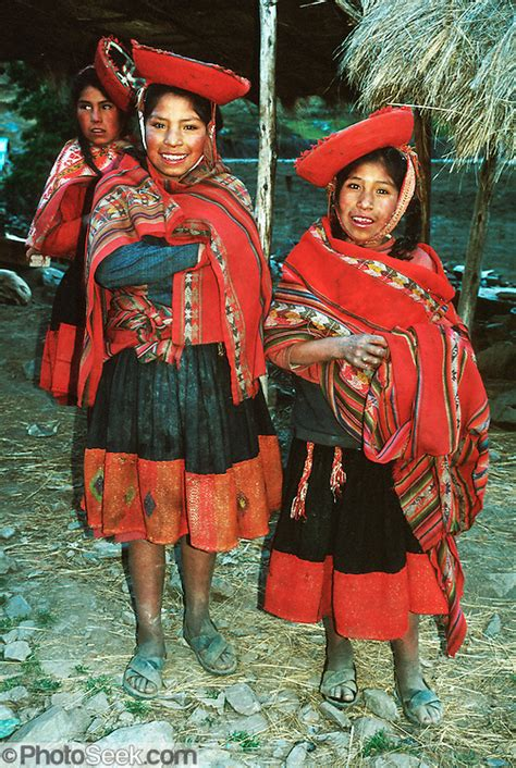 andean mountain kids traditional clothes cordillera urubamba andes peru portfolio