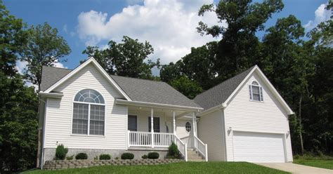This property is real estate owned, or reo. Elizabethtown KY Real Estate: Doe Valley Ranch Home for Sale