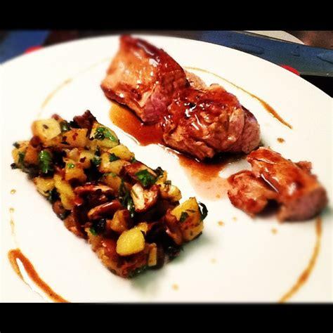 cuisiner le tendron de veau tendrons de veau poêlée de pommes de terre et cèpes jus