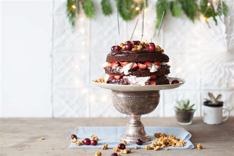 chocolate spiced christmas cake yuppiechef