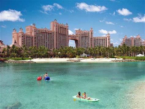 atlantis paradise island bahamas book   tropical sky