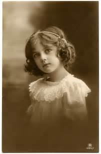 pretty antique child photo the graphics