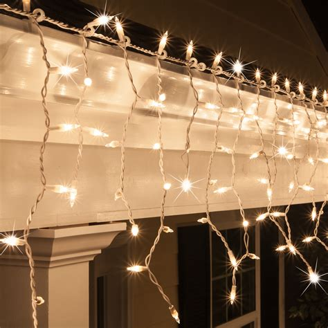 clear wire christmas lights christmas icicle light 150 clear twinkle icicle lights