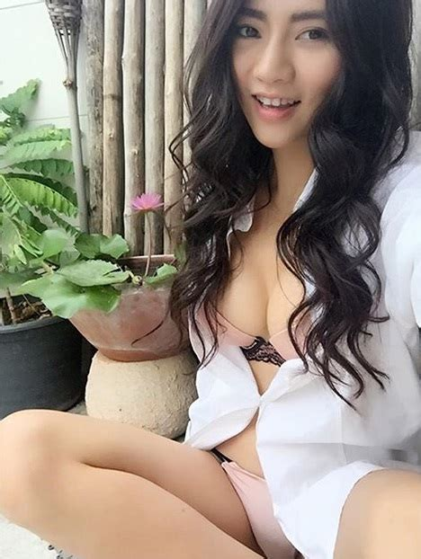 Cherry Ladapa Indonesia Girl Only Play Sports 88