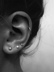 Triple lobe piercing with helix piercing. | Piercings ...