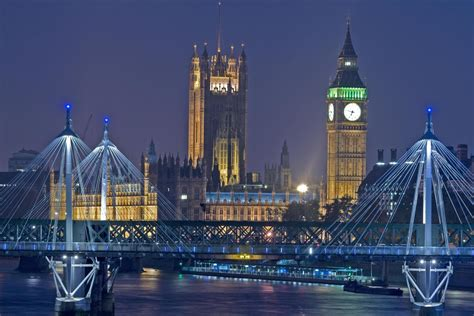 london  memorable   christmas tours