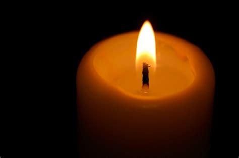 photo de bougie allumee objets fond noir bougie allum 233 e bougies t 233 l 233 charger des photos gratuitement