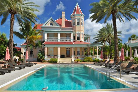 complete guide to the southernmost house hotel key west