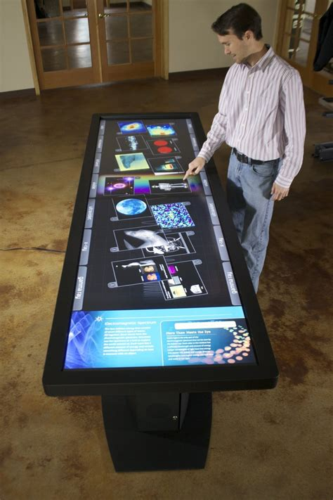 bureau high tech 100 quot led lcd multitouch table with 40 touch points
