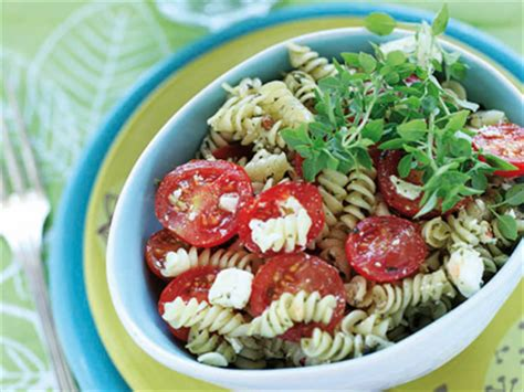 recette salade de p 226 tes au pistou et 224 la feta jardin bio jardin bio