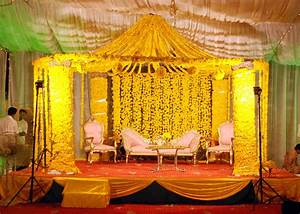 Best Mehndi Stage Decoration Ideas Designs 2015 Images HD ...