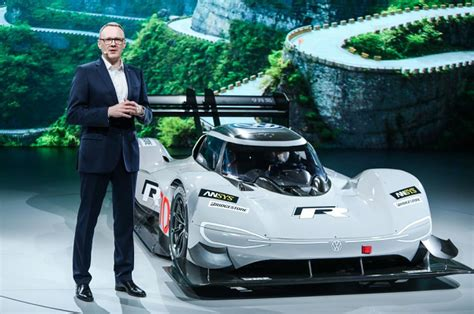 volkswagens kw electric id  electric sports
