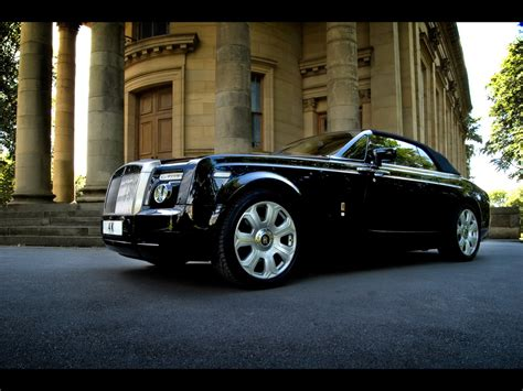 luxury cars rolls royce rolls royce phantom information and wallpaper world of cars