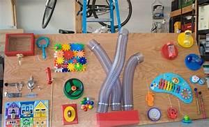 Activity Spielzeug Baby : activity board idee mit rohren und xylophon ~ A.2002-acura-tl-radio.info Haus und Dekorationen