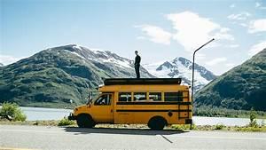 School Bus Kaufen : wenn sich ein paar freunde einen alten schulbus kaufen und ~ Jslefanu.com Haus und Dekorationen