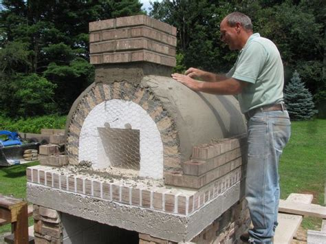 Gable Roof Wood-fired Outdoor Brick Pizza Oven By The