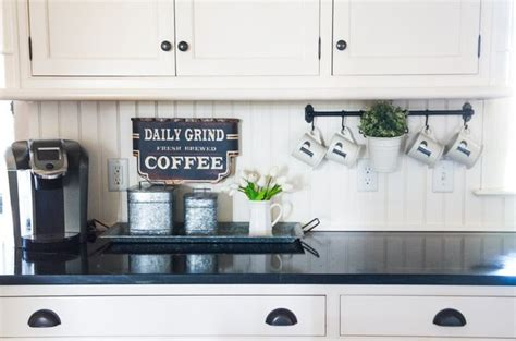 redo kitchen cabinets best 25 counter tops ideas on wood counter 1791