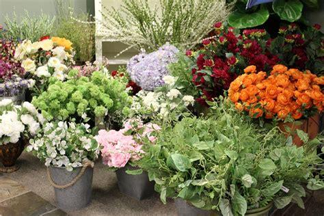 design your own silk flower arrangement workshop