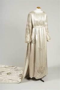 lanvin robe de mariee en satin ivoire de marguerite 1917 With robe marguerite