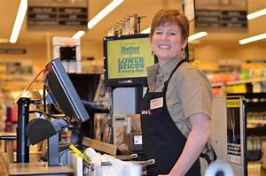 This Vernon cashier will make your day without saying a ...