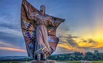 Dakota Dignity South Native Statue Sky Earth