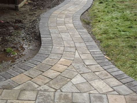 curved sidewalk 17 best images about backyard patio ideas on pinterest backyard water fountains patio and decks