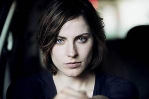 Classify German actress Antje Traue