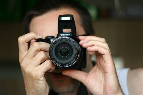 How To Use A Point And Shoot Camera
