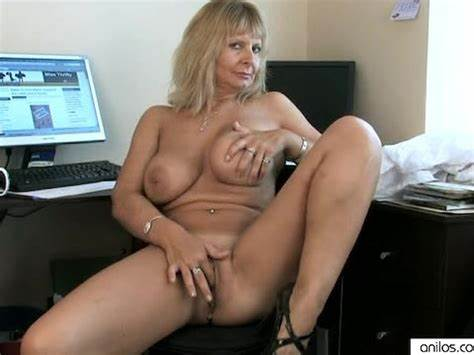 Granny Lesson Toy Fingering On The Office Tutor Aunties Jerking Her Actress Anal