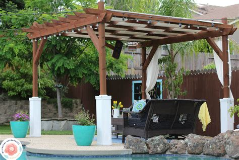 Einfache Pergola Bauen by How To Build A Pergola My Frugal Adventures