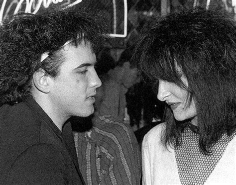 Robert Smith's Hair In This Pic Is Phenomenal.
