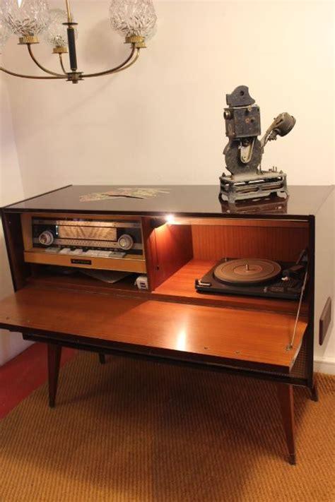 table bout de canapé ancien meuble hifi vintage by fabichka