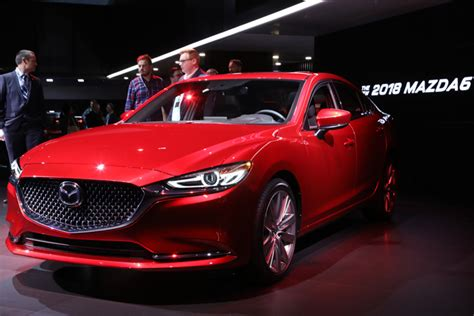 Mazda Atenza 2020 by マツダ アテンザ マツダ6 2018年マイナーチェンジの新型モデルを先行発表 Laショー2017 最新版