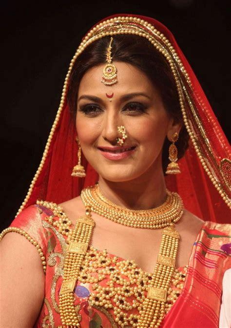 maharashtrian bridal hairstyle