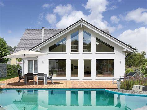 Moderne Häuser In L Form by Bungalow Bauen 214 Sterreich Ihr Bungalow Haus Kaufen Vario