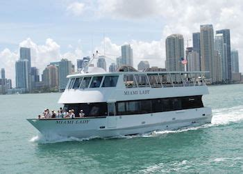 Bayside Boat Rides At Night by Miami Boat Tours A Biscayne Bay Cruise