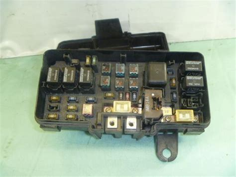 Fuse Box On 2000 Acura Tl by Sell Genuine Acura Oem Fuse Panel Box Tl 3 2 Electric