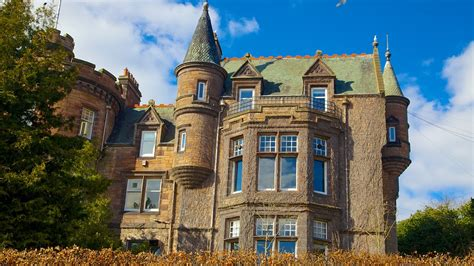 edinburgh vacations  package save    expedia
