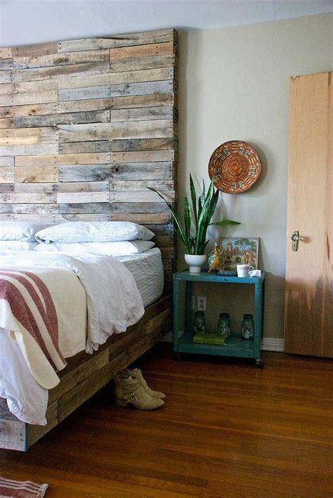 Schlafzimmer Deko  Ideen Für Das Kopfbrett Aus Holz