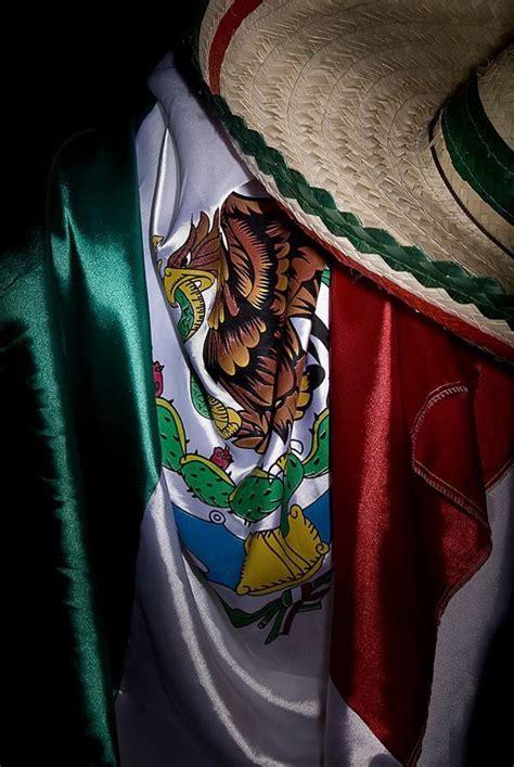 Feliz Día de la Bandera de México: Galería de fotos para ...