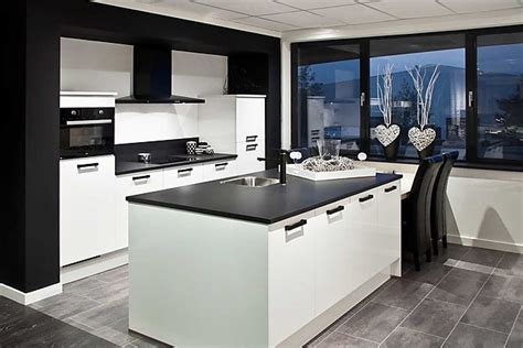 what goes where in kitchen cabinets cheap r keuken met with pelma keukens 9636