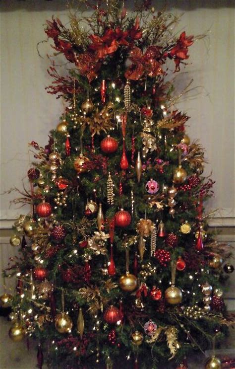 who introfuced christmas trees to britisn shirley haque s tree from