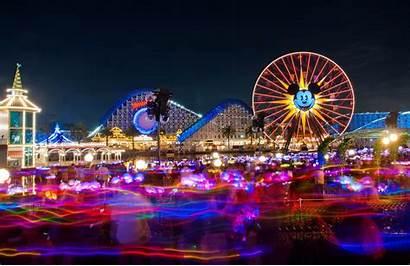 Disney California Adventure Tourist Wallpapers Usa Attractions